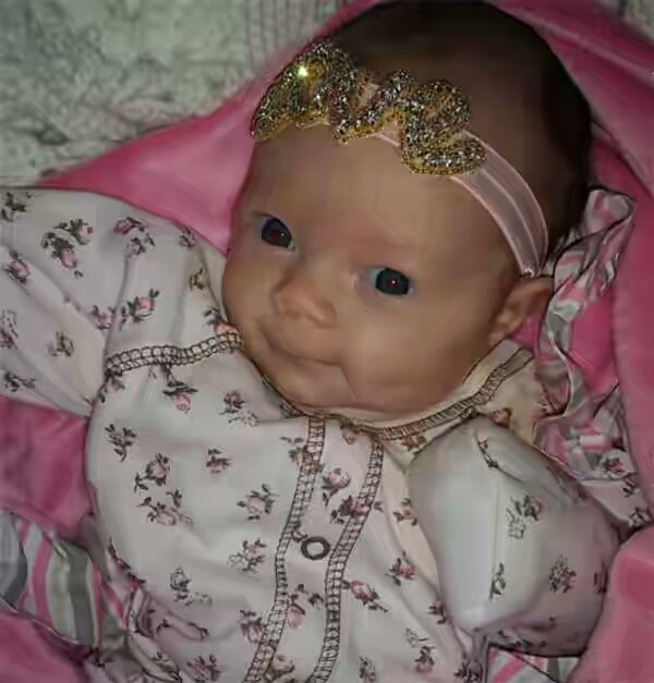 Welcome to Yahya Mubarak's blog: Coco & Ice-T's Baby Chanel Gives Cute ''Sneaky Loo...