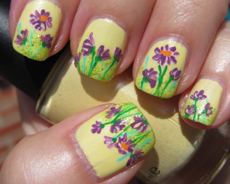 flowers nail art with yellow basic