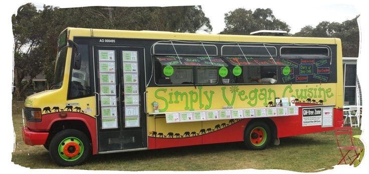 Dolly vegan bus