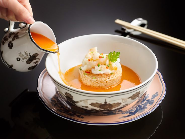 The Ritz-Carlton, Singapore's Cantonese restaurant, Summer Pavilion has earned its first Michelin Star in the…