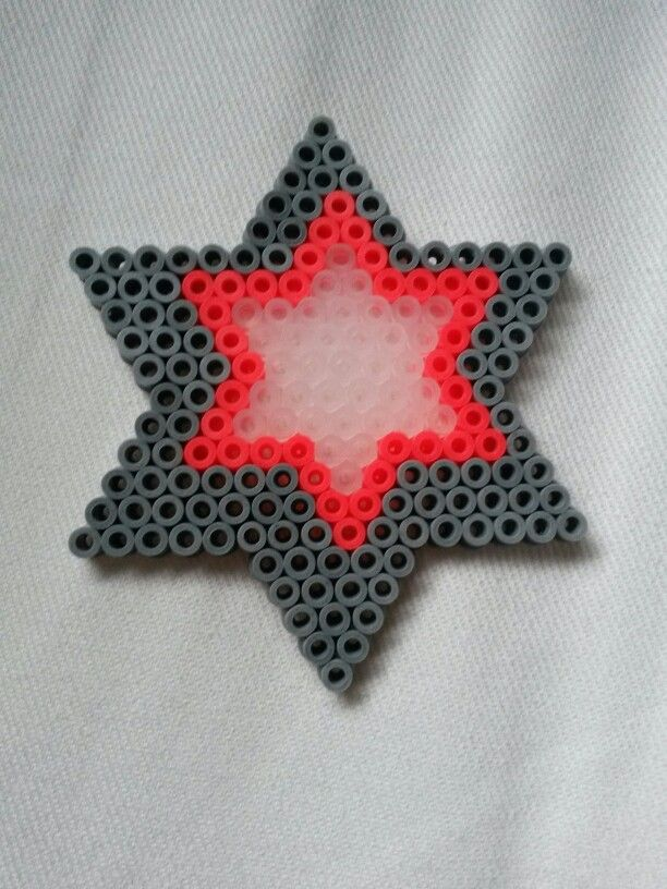 Hama bead star by Thea P.