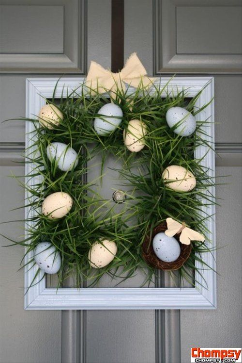 easter decorations using an old frame and chicken wire