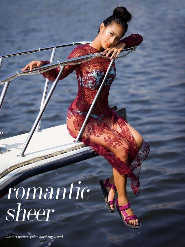 Tara Basro, Gaya Sporty dan Sensual Saat Liburan di Pantai: Page 5 of 5 | FIMELA