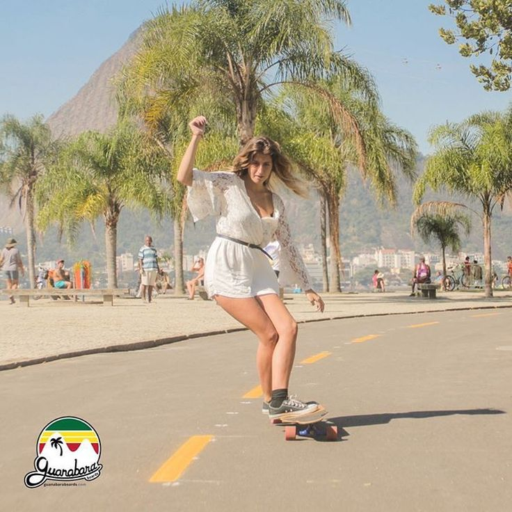 Madalena | Aterro do Flamengo RJ    Longboard Dancing Freestyle - Guanabara Boards Team Rider - Aulas de skate longboard para adultos - Aulas de long - Longboard Girls - Longboard Para Meninas