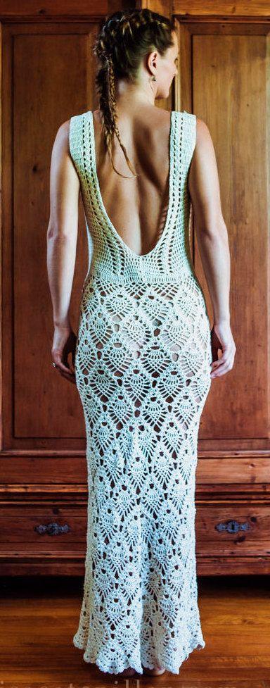 handmade crochet dress by IsaCatepillan on Etsy Hacer la Falda, desde la cintura hacia abajo; y luego comenzar a hacer la blusa desde la cintura hacia arriba.