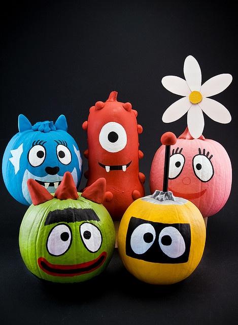 Halloween: calabazas pintadas.