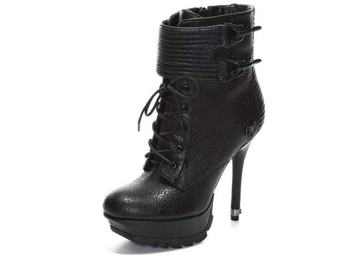 love that they look military, but chic.... I couldn't definitely walk that walk in these!!!  - Sam Edelman boots