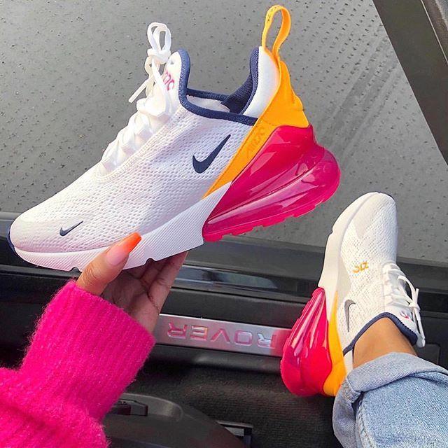 Instagram Feed – Sneaker & Lifestyle Blog  
