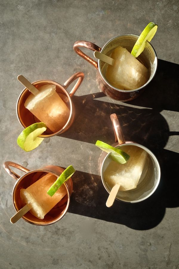 Looking for a way to put alcohol in your popsicles? Check out this Moscow Mule Popsicles recipe. It's a cocktail in popsicle form.