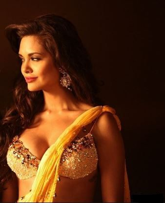 Esha Gupta Upcoming Movies List Of 2016, 2017 & 2018 With Release Date.Esha Gupta is an Indian film actress, model in Bollywood.