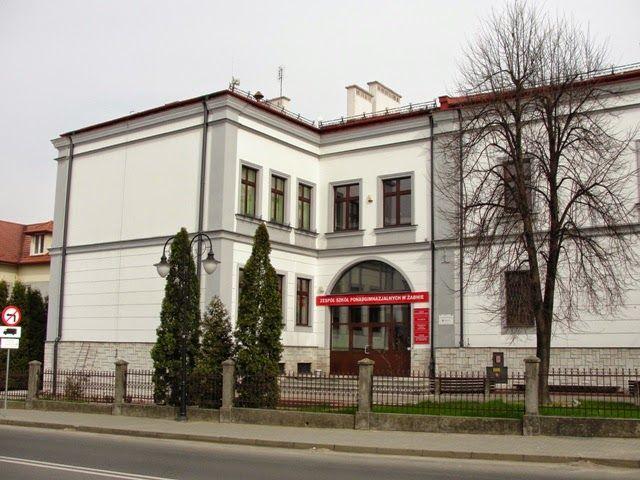 Mój Powiat Tarnowski: Dawny budynek ratusza w Żabnie