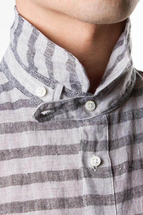 collar closure details...