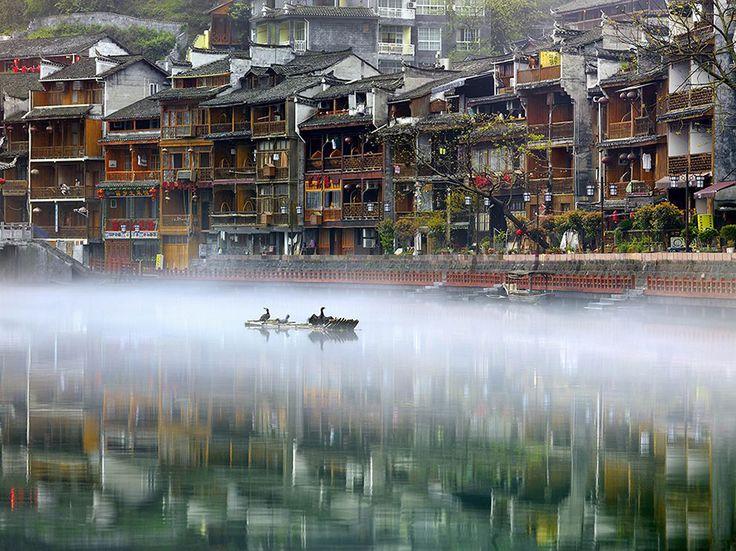 Città d'acqua » Fotografia di Thierry Bornier , National GeographicYour Shot