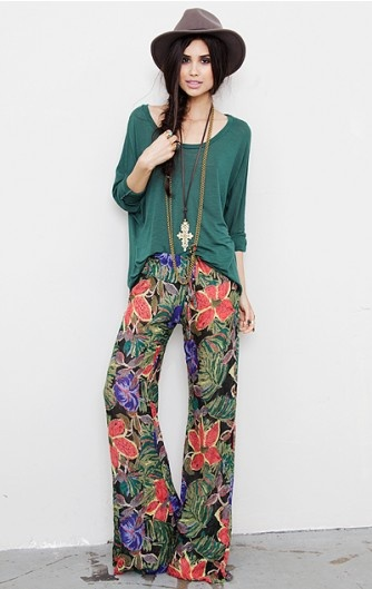 pretty much love this w hole look.  Novella Royale  The Bell Bottom Pant