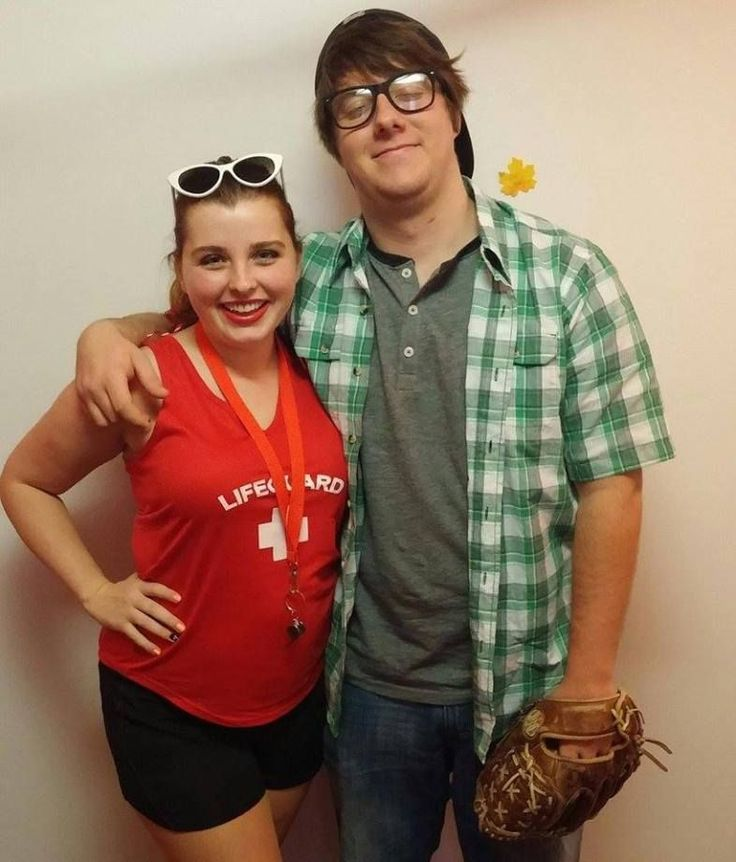 Wendy Peffercorn and Squints is a funny couples Halloween costume idea! #halloweencoustumescouples