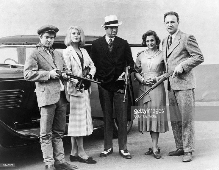 Cast members from director Arthur Penn's film, 'Bonnie & Clyde,' pose with machine guns in front of a car. Left to right: Michael J Pollard, Faye Dunaway, Warren Beatty, Estelle Parsons & Gene Hackman. Parsons won a Best Supporting Actress Oscar while Beatty and Dunaway received Oscar nominations for Best Actor and Actress.