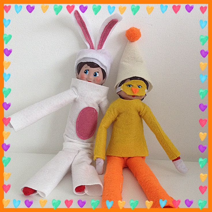 Elf on the Shelf Easter outfits Easter Bunny and Easter Chick #elfontheshelf #easter #eots