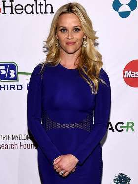 While the Oscar winner spent time grieving following her 2006 split from Ryan Phillippe, Witherspoon... - People.com
