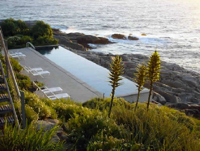 Papudo Garden: Located in Papudo, V Region, Chile. Designed by Chilean landscape architect Juan Grimm