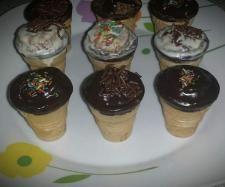 Rezept Milka-Muffin-Waffelhörnchen von Truppilite2010 - Rezept der Kategorie Backen süß