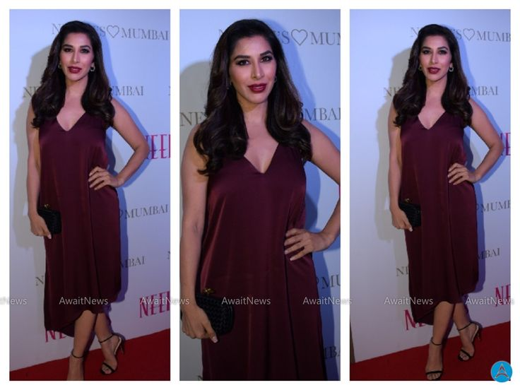 Sophie Choudry Hot Photos At Neeru Store Launch