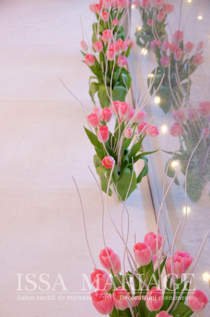 Aranjamente nunta ghivece cu lalele IssaEvents 2017