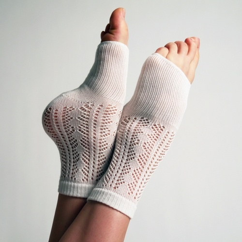 17 Best ideas about Toeless Socks on Pinterest Leg ...