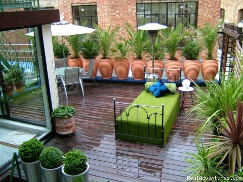 84 best images about apartment patio ideas on pinterest for Apartment patio garden ideas