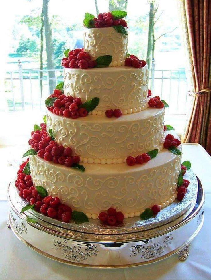 нас картинка огромный торт на день рождения самым распространенным них