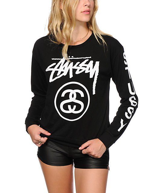 This exclusive long sleeve shirt flaunts large Stussy graphics at the front and down the sleeves for a crisp and standout look that pops.