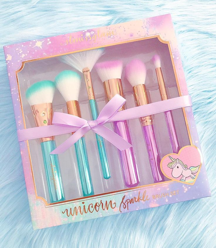 "So magical ✨If you've been wondering what brushes I've been using lately and in all my tutorials they're all by @slmissglam 💕This is the Unicorn Sparkle Brush Set 🦄  prettiest I've ever used and very soft 💕check out her page to see the other sets she has! if you'd like to purchase a set use ""unicornsparkle"" for 20% and ""unicornlove"" for 40% off on brush books ✨💜#mermaid #mermaidmakeup #brushes #unicorn #unicornlife #mermaidlife #unicorns"