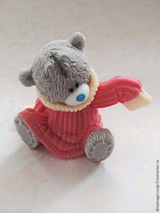 """Мыло ручной работы. Ярмарка Мастеров - ручная работа. Купить сувенирное мыло 3 d """"  Мишка  в свитере 2"""". Handmade."""