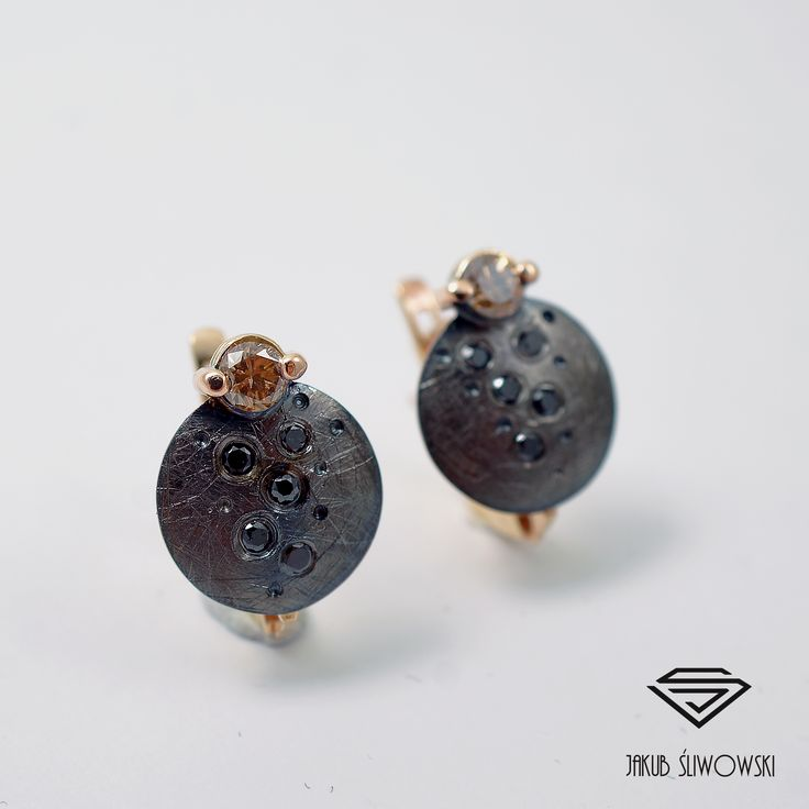 Cognac and black diamonds earrings by Jakub Śliwowski