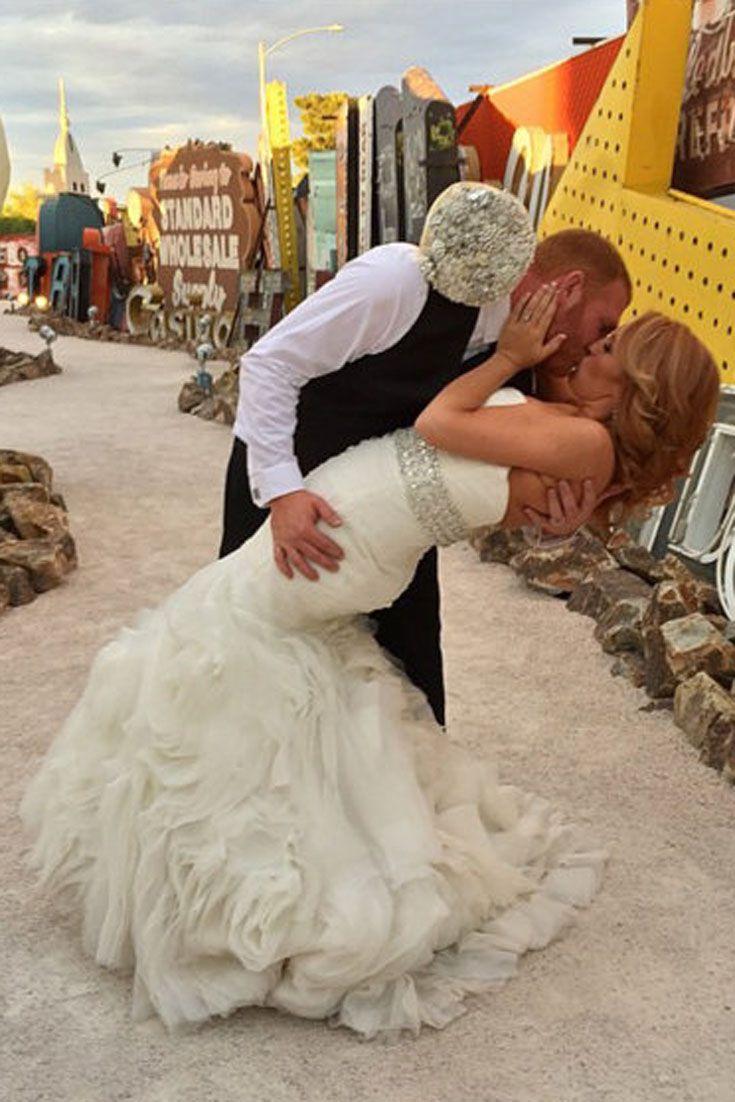 Pin By Ksenialu On Brooch Bouquet Mermaid Wedding Dress Wedding