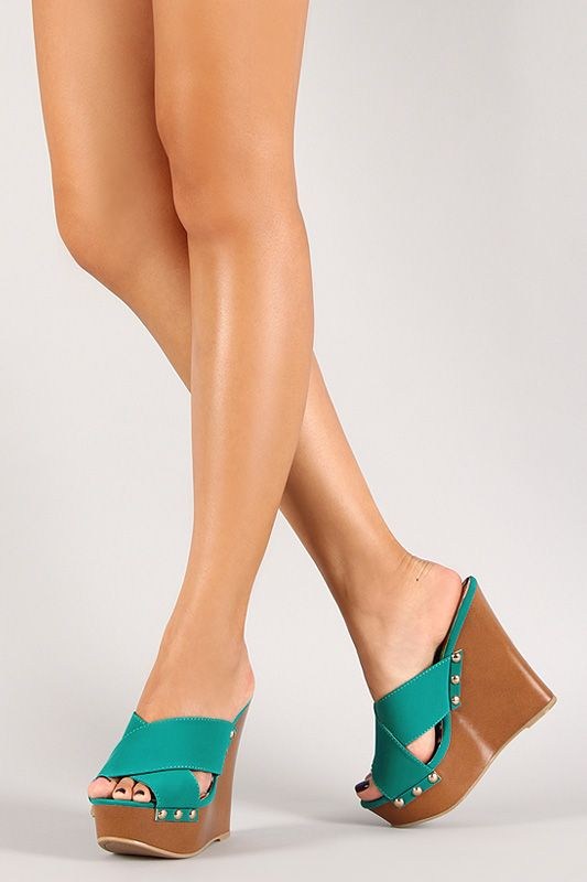565 best Way Hot Wedges images on Pinterest