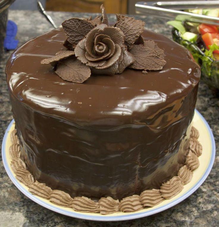 Ganaj (Ganache), pasta, kurabiye üzerini ve içini kaplayan bir krema türüdür. Genelde çikolata ile hazırlanır. Farklı malzemelerle de yapılabilir.