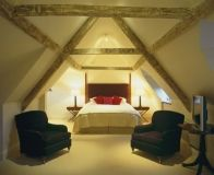 ROOMS AND RESERVATIONS - Russell's | A Restaurant with Rooms | Broadway, Cotswolds | Accommodation and Food