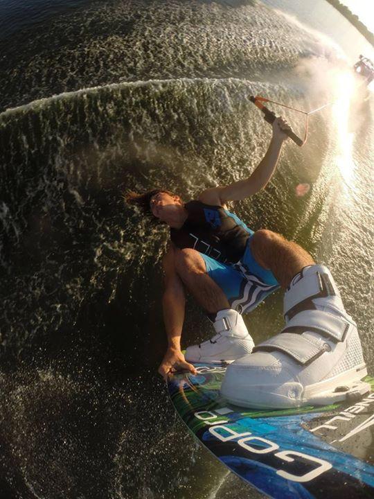 Flipping the wake