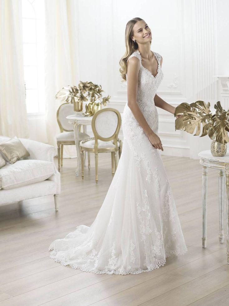 Laren esküvői ruha a Pronovias kollekcióból http://lamariee.hu/eskuvoi-ruha/pronovias/laren