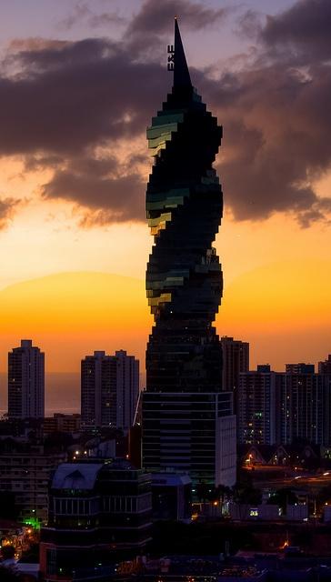 Revolution Tower, Panamá by Chodaboy, via Flickr Mi edificio favorito en Panamá
