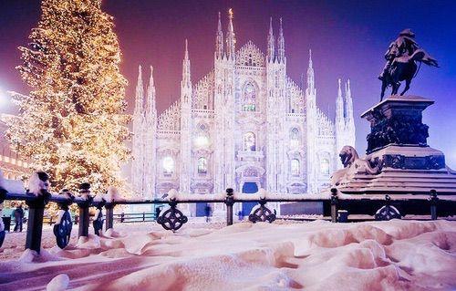 Bild über We Heart It https://weheartit.com/entry/147920987 #christmas #duomo #italia #italy #lights #milan #milano #snow