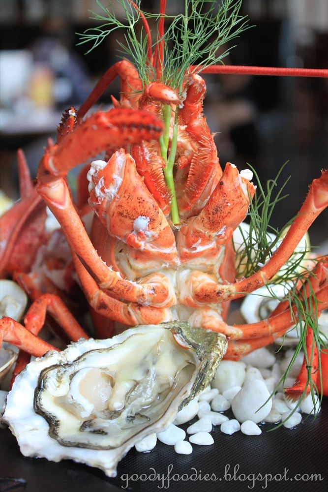 Sabah spiny lobsters and live oysters