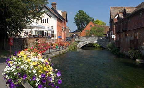 Winchester, England Google Image Result for http://i.dailymail.co.uk/i/pix/2009/05/31/article-0-051E66AC000005DC-57_468x286.jpg