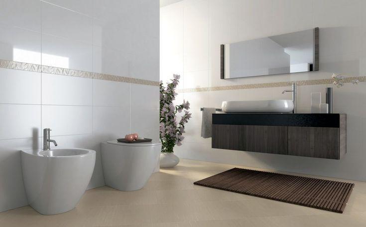 Carrelage Platina pour votre salle de bain:  Platina Brillant 25x45 - Platina Mat 25x45 - Listel Savane Chaud 5,5x45 - Sillage Ecru 35x35
