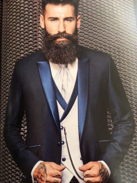 Luxusný pánsky oblek svadobny salon valery, oblek na svadbu, oblek pre ženícha, luxusný oblek, Petrelli Uomo, modrý oblek, požičovňa oblekov