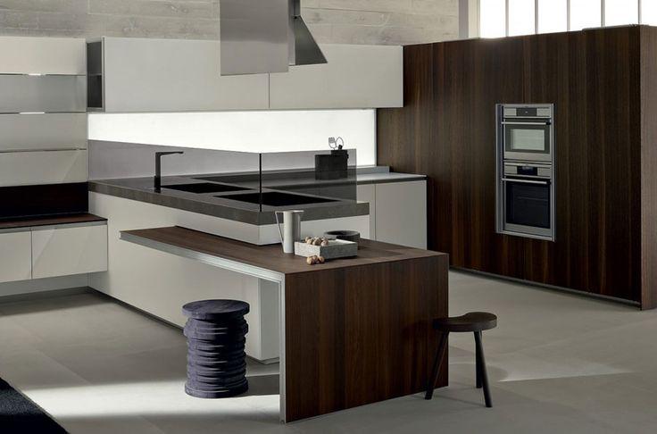 Modello di cucina moderna con penisola n.17