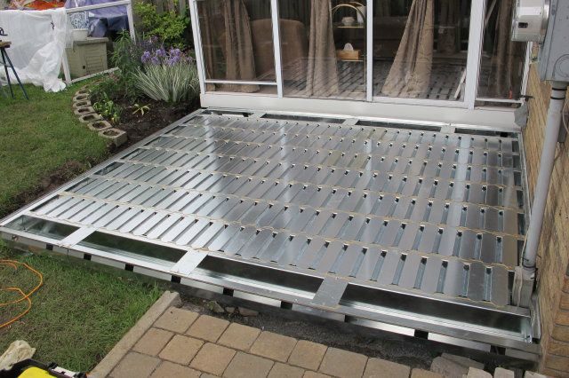 Steel patio structure