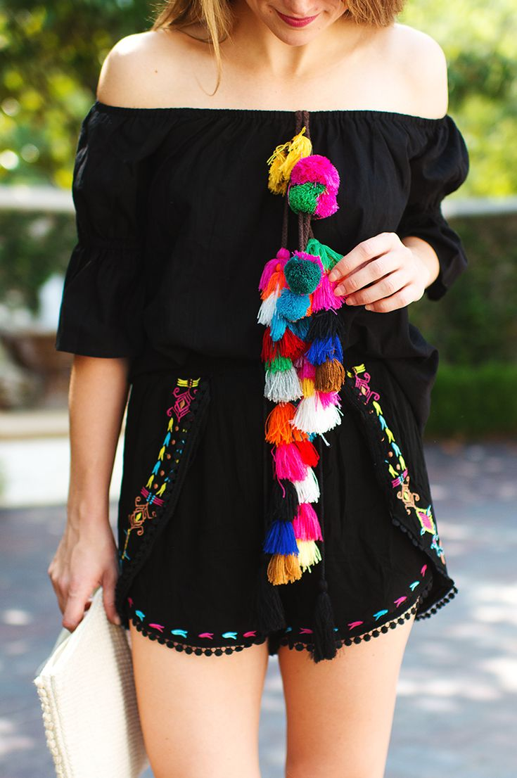 TOP  black tassel off shoulder blouse(wearing size S) | SHORTS  black tassel shorts(wearing size S) | SHOES  white espadrille wedges |  CLUTCH  embroidered tassel clutch  All in favor of dubbing this matching tassel set the official fiesta uniform? Me, me, me! It wasso cheery,…