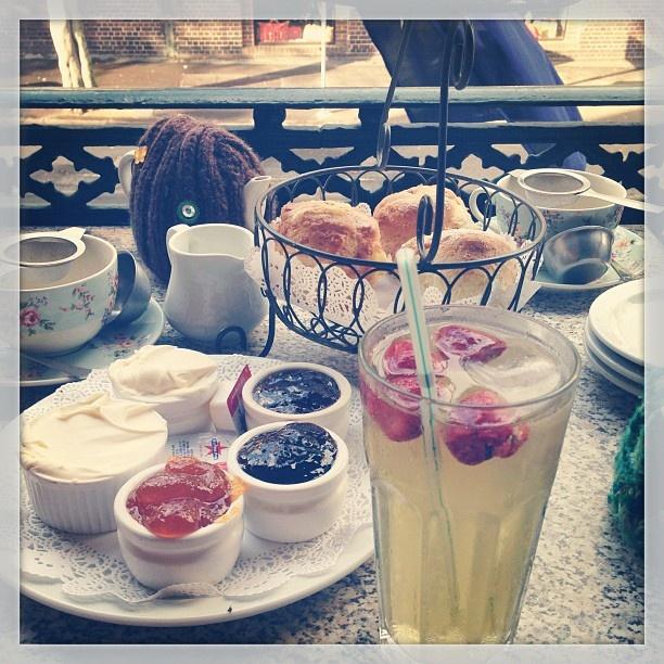 .@ohfii | #scone #jam #tea #party with yogi :) | Webstagram - the best Instagram viewer