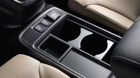 Honda CR-V - Photo Gallery